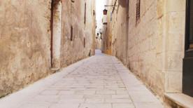 昼間のサイレントシティ、イムディーナ(マルタ共和国)