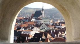 クルムロフ城から見たチェスキー・クルムロフの街並み