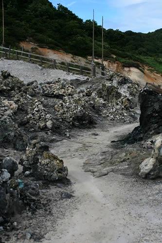 恐山: 地獄の道