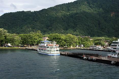 十和田湖遊覧船桟橋