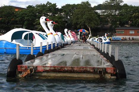 十和田湖: レンタルボート桟橋
