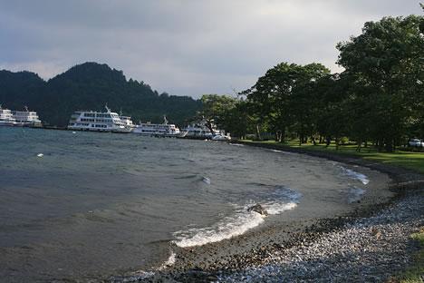 十和田湖: 想像通り、すがすがしい朝