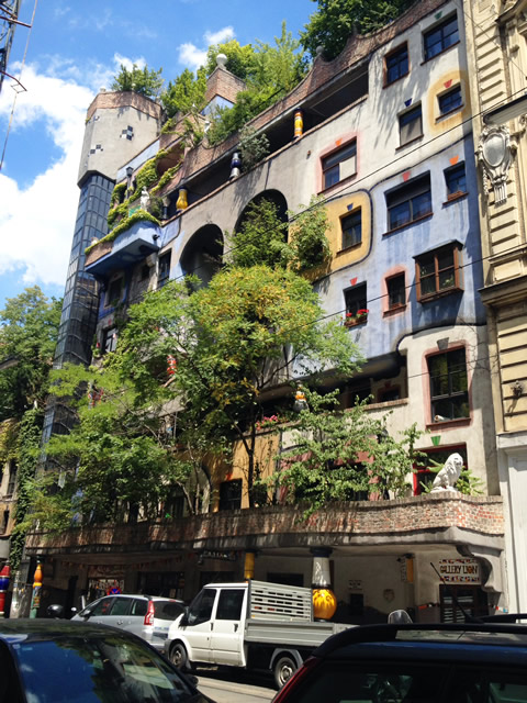 ウィーンのフンデルトヴァッサーハウス