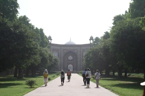 フマユーン廟ふたつ目の門