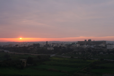 イムディーナから夕焼けを眺める