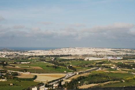 イムディーナから地中海を眺めた景色