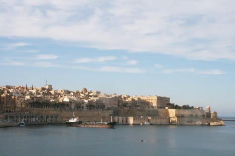 セングレア・セーフヘブンガーデンから見たマルタの首都ヴァレッタ