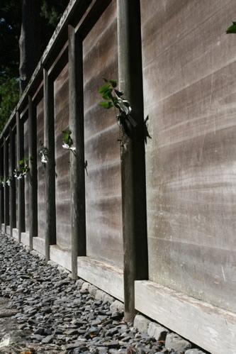 伊勢神宮外宮正宮前の板塀