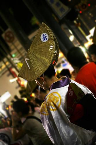 徳島阿波おどり女踊り衣装の女性